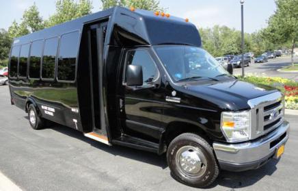 Washington 40 Person Shuttle Bus